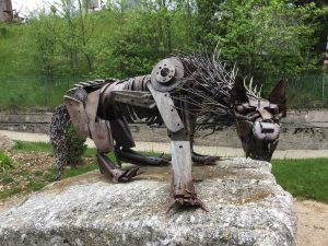 Die Bestie als Kunstwerk in Langogne